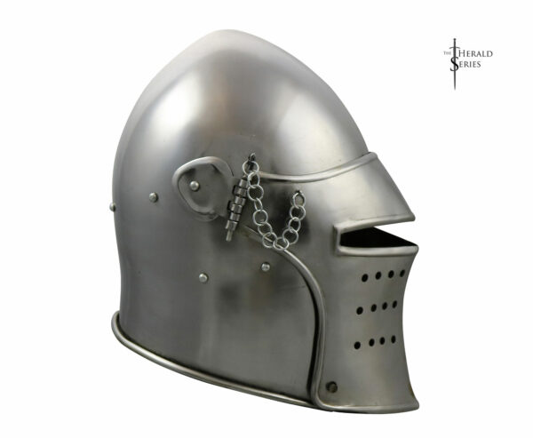 the-sky-guard-fantasy-medieval-armor-helmet-herald-series-2014-1