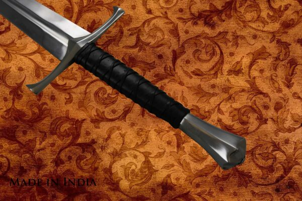 made-in-india-replica-hand-and-a-half-sword-viscount-2