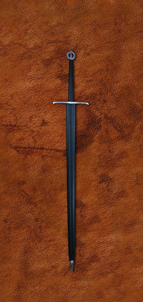 the-sword-of-the-mountain-game-of-thrones-got-darksword-armory-in-scabbard