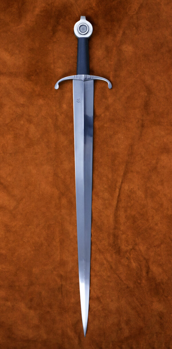 henry-v-exclusive-sword