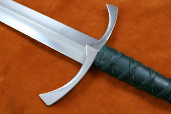 irish-sword-1375-medieval-weapon-darksword-armory-one-handed-sword-4