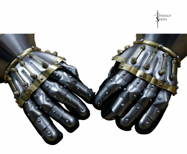 black-prince-medieval-gauntlets-armor-brass-mild-steel-1