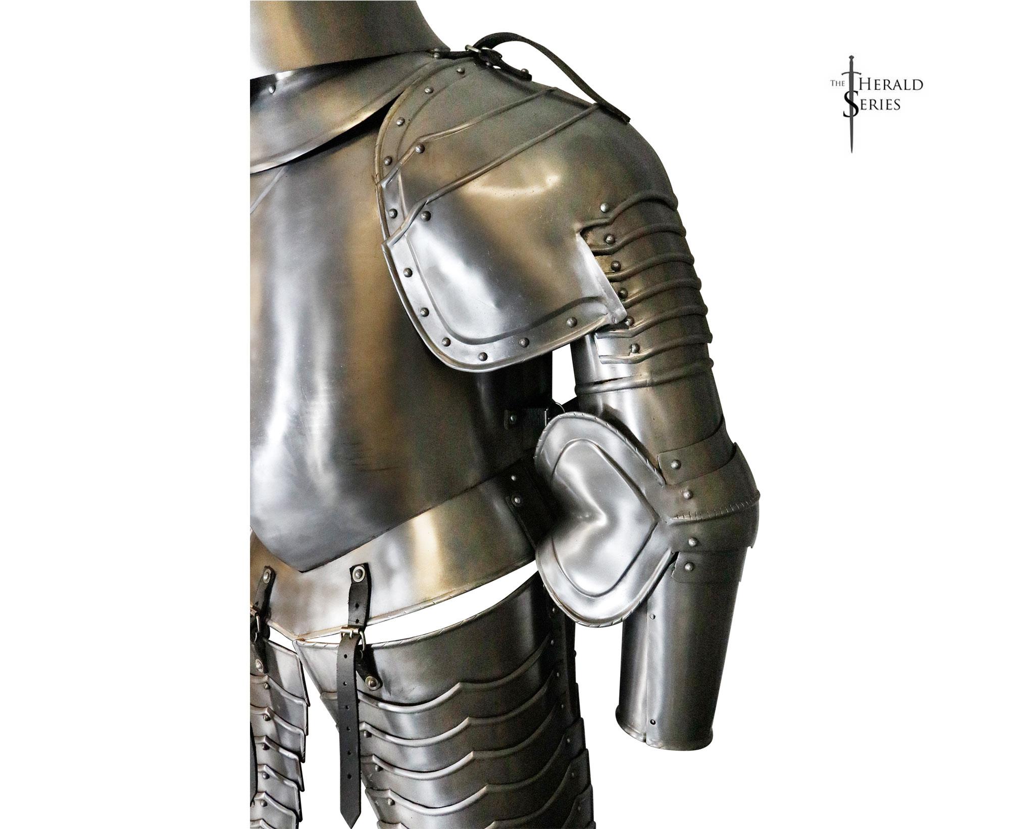 Gothic Italian Armor (#2121)
