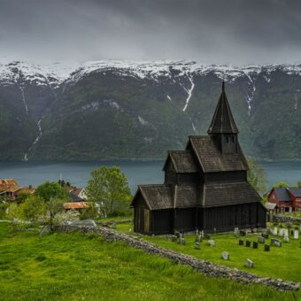 thumbnail_urnes-stave-church-norway_l