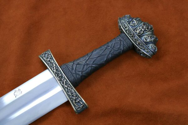 urnes-stave-viking-sword-medieval-weapon-1526-darksword-armory-13