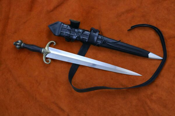 mother-of-dragons-medieval-sword-game-of-thrones-got-7