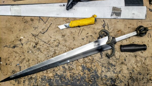 mother-of-dragons-sword-unassembled-tang-construction