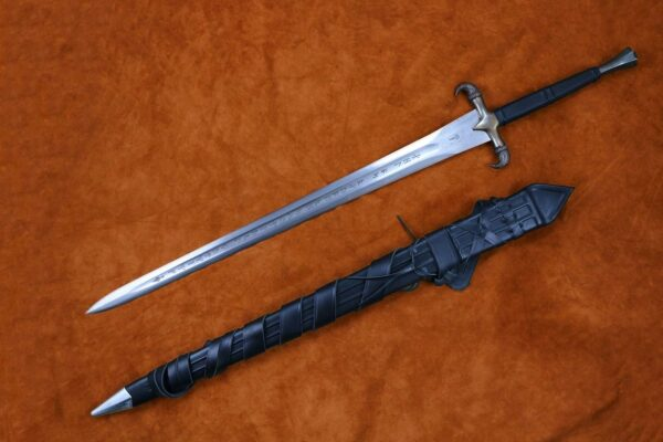 erland-sword-folded-steel-blade-forged-sword-medieval-weapon-darksword-armory-1