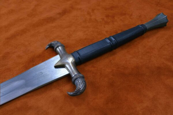 erland-sword-folded-steel-blade-forged-sword-medieval-weapon-darksword-armory-3