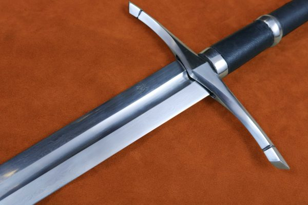 folded-steel-ranger-sword-medieval-weapon-darksword-armory-4
