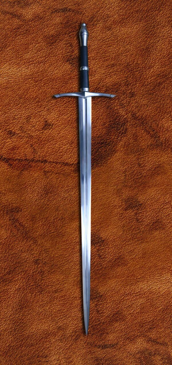 folded-steel-ranger-sword-medieval-weapon-darksword-armory
