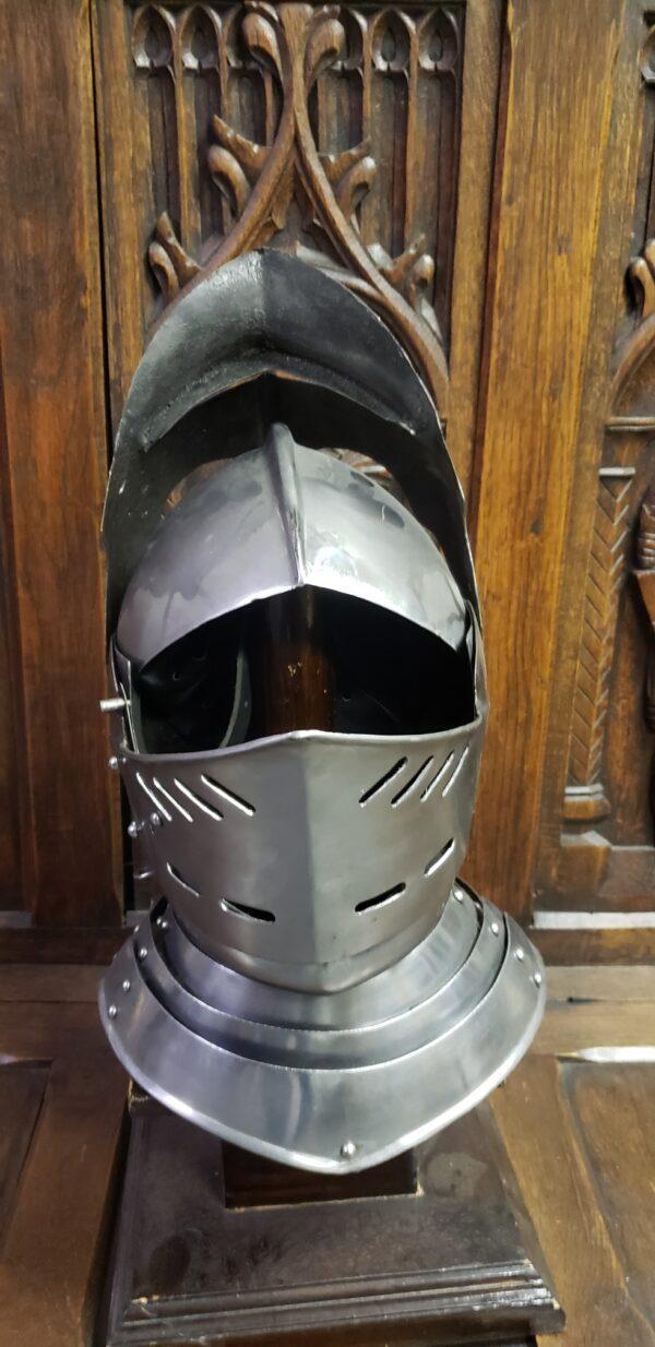 Fallen Warrior Closed helm